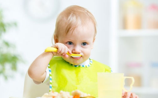 Bebeklerde Ek Gıdalar